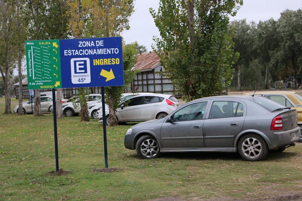 Nueva zona de estacionamiento en el Bv. Paseo Pedro Spina 🚗👍