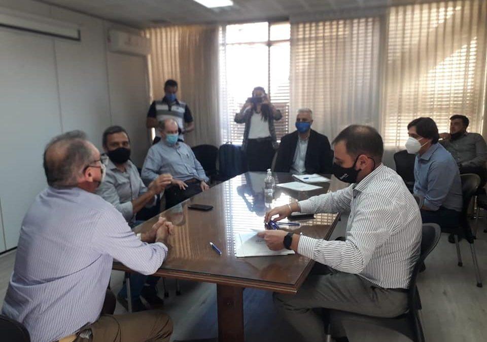 FIRMAMOS UN CONVENIO PARA PROYECTAR PASEOS COMERCIALES A CIELO ABIERTO CON EL MINISTERIO DE PRODUCCIÓN PROVINCIAL